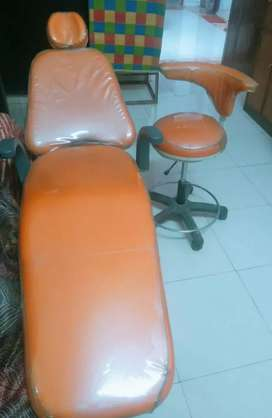 Confident Dental chair ₹1,00,000