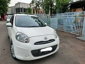 Km 70rban Asli Nissan March Thn 2013 Matic White on Black