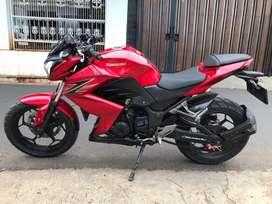 Moge Kawasaki Z250 merah 2013