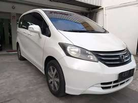 Honda Freed E 1.5 PSD matic 2010