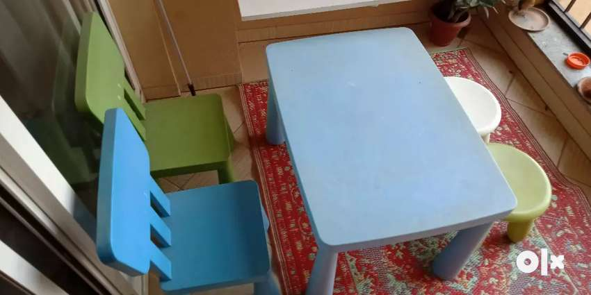 Kids chairs with a table. 0