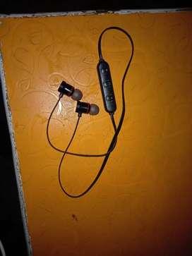 ZEYNEP Bluetooth headphone