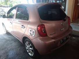 Nissan March 2014 Metic  DP 15jt  / bulan 3,1jt   3thn