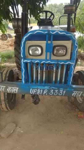 Tractor Swaraj 735