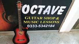 High Quality Acoustic Guitar at reasonable rates