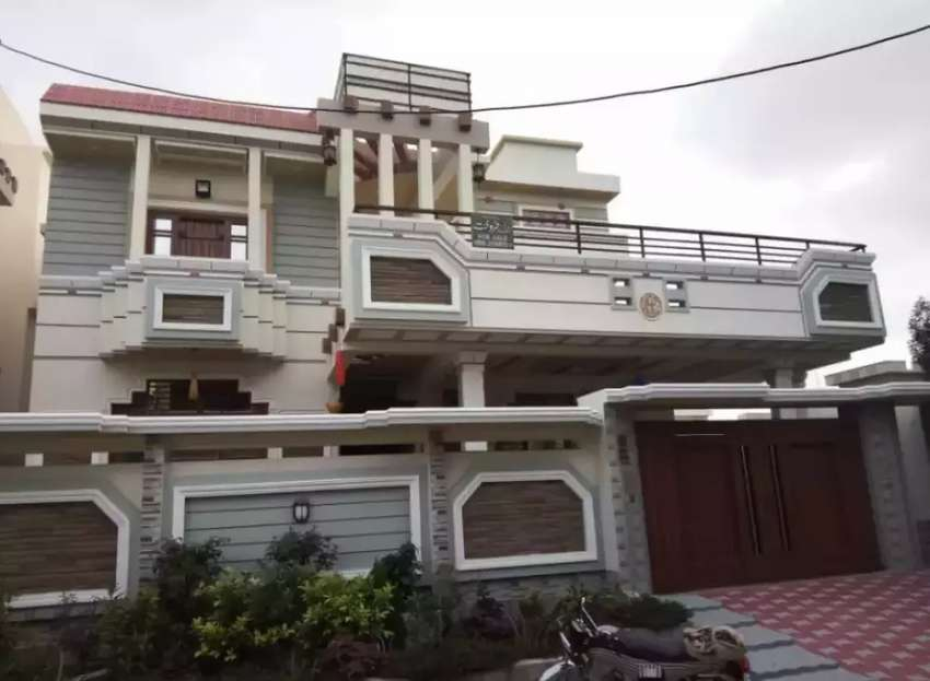 400 sq.yd beautiful Brand New Banglow in Saadi town for sale 0