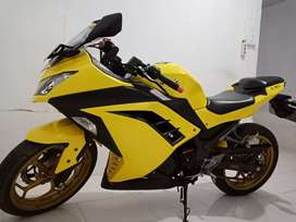 Kawasaki Ninja 250 Fi, thn 2014 Yellow First Hand.