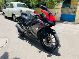 Yamaha r15 v3 2018 model excellent condition