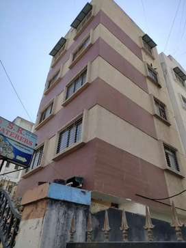 2bhk in Kausarbagh available for rent
