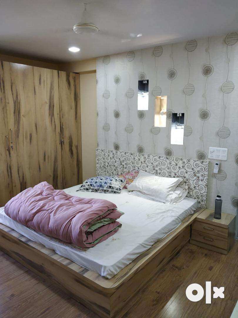 Vaishali 4 bhk ultra luxurious furnished flat 0