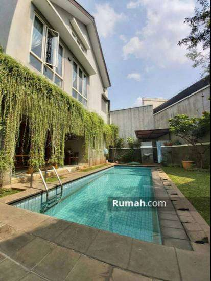 Dijual Rumah Di Cipete Jakarta Selatan 3 Kmr 231m2 Mewah ada Pool 0