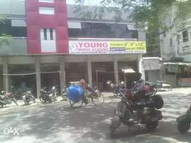 1000 sqft commercial hall available
