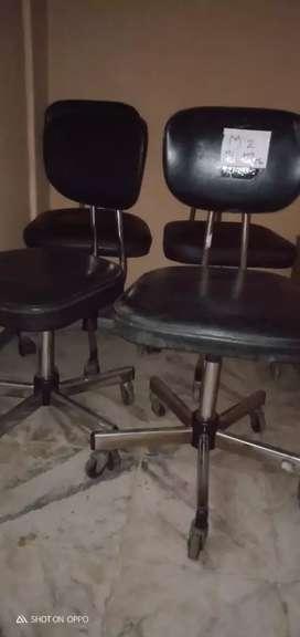 Jual kursi staf bahan besi kuat dan msh bagsu