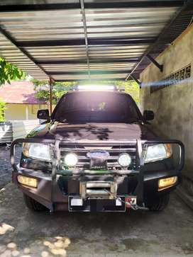 Ford Everest XLT tdci 2.5L turbo diesel 2013 terawat