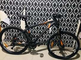 Sepeda gunung united Detroit 2.00 UK 27.5 hidrolik mulus