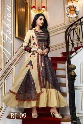 Fashion designer for ladies clothing