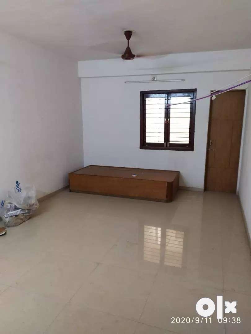 3BHK flat on rent near rupani circle bhavnagar. 0