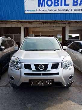 Nissan Xtrail 2.0 CVT 2014 Abu Terawat bisa tt innova,crv, ertiga, hrv