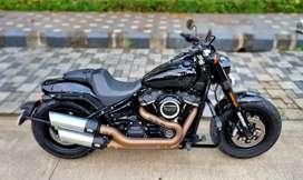Next to New Harley Davidson Fatbob 107 Milwaukee-Eight  2019 Black.