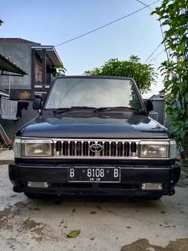 Kijang Super 1994