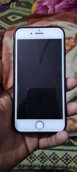 Sell and exchange Iphone 6 16 gb gold with same range phone