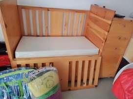 Tempat tidur bayi 0-3 thn ( ongkir di subsudi lalamove 50%)