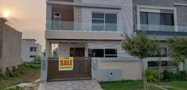 5 marla  double unit  seperateable entry, in dha 9 town at 200 ft rd