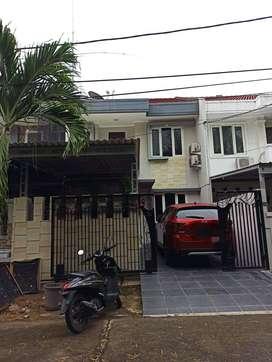 Dijual Rumah Siap Huni di Gading Arcadia, Kelapa Gading, Jakarta Utara