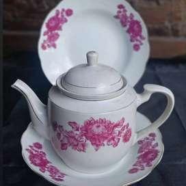 set teko dan Piring makan bunga mawar made in china
