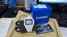 Jam gidital original masih baru