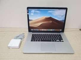 Apple MacBook Pro 15.4inch Retina Quad Core i7 16GB 512GB 4GB Grps