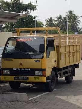 Jual truck  mitsubishi engkel 4 ban