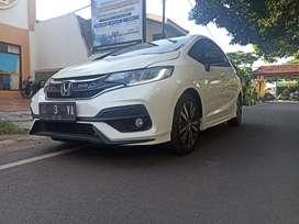 Honda Jazz RS CVT putih thn 2020 istimewa jazz tukar atau kredit