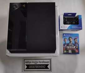 PS4 Fat 500GB bonus game Fifa