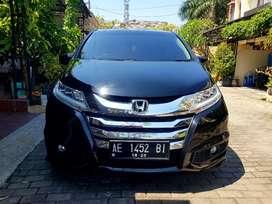 Honda odessey 2015 dijual cepat
