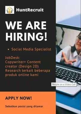 Design & Social Media Specialist