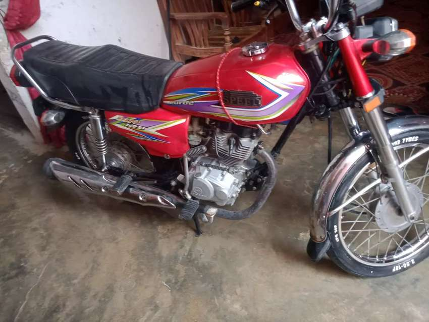 High speed 125 cc, excellant condition red colour ,no work require.