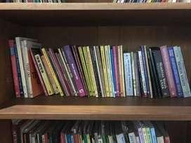 Jual buku bacaan banyak koleksi kondisi masih bagus jual borongan