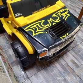 Mobil mainan aki elektrik anak