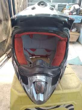 Dijual Helm Cross merk Snail + Helm cakil Retro