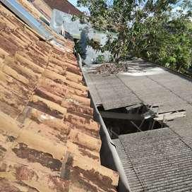 Tukang spesialis atap dan servis rumah