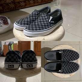Dijual Vans Checkerboard Slip on
