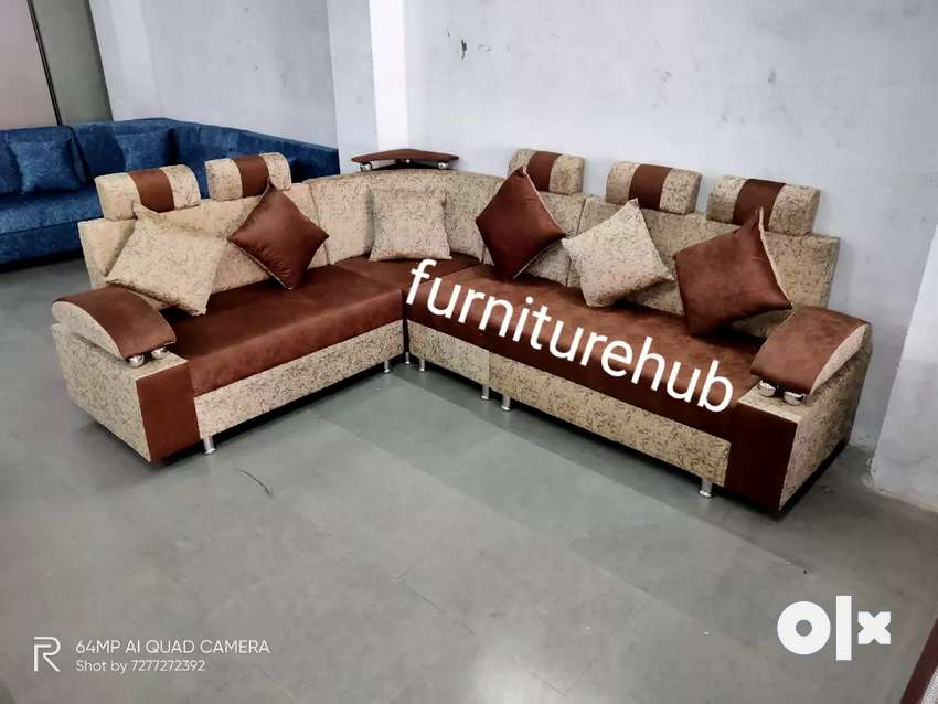 New corner sofa 6 sitter's with pillows colour customize is available 0