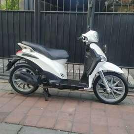 Vespa liberty thn 2014 / Bali dharma motor