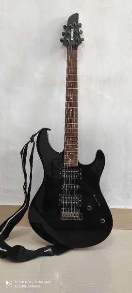 YAMAHA electric guitar