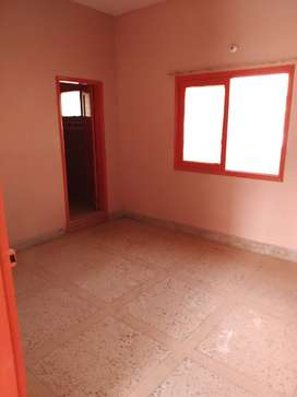 2BED DD, 1ST FLOOR FOR RENT NEAR MEHRAN DIPU BUS STOP, MODEL COLONY.