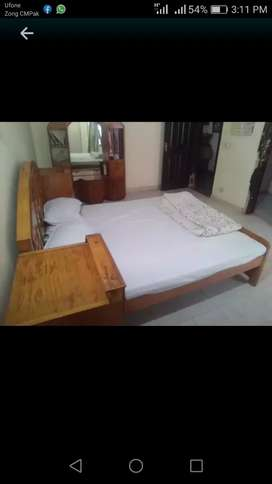 I_8/sami furnished room available for rent only girls and single cupel