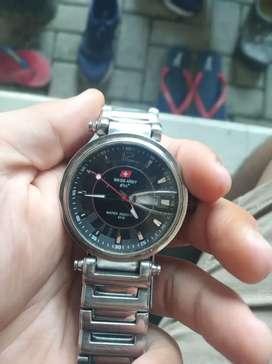 Dijual jam Swiss army SA3062M