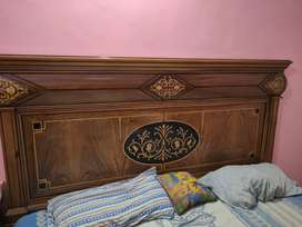 Bedroom Set 3 Piece Walnuts