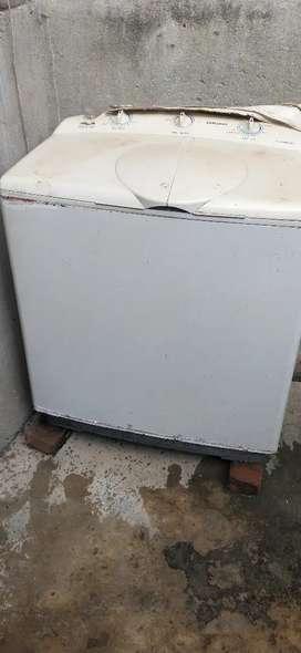 Rakhne ka dikkat hai  Samsung washing machine